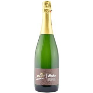 { Wahr Sauvignon Blanc extra trocken - Familienweingut Braun