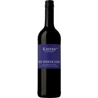 2017 Über Grenzen gehen Cuvée Rot trocken - Weingut Friedrich Kiefer