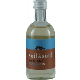 soil & soul handcrafted Riesling GIN MINIATUR 0,05 L - Weingut Trenz