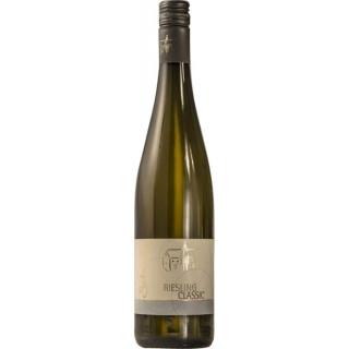 """2018 """"CLASSIC"""" Riesling halbtrocken - Wein- und Sektgut Heinz Schneider"""