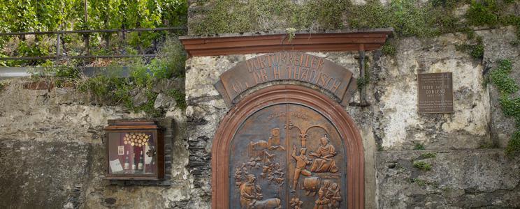 Weingut Witwe Dr. H. Thanisch, Erben Müller-Burggraef