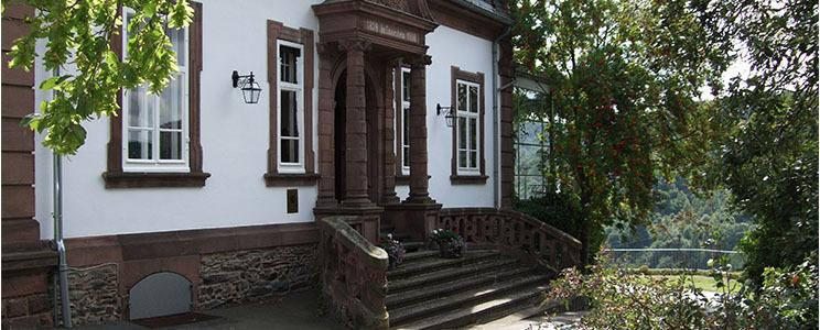 Weingut Schloss Saarstein