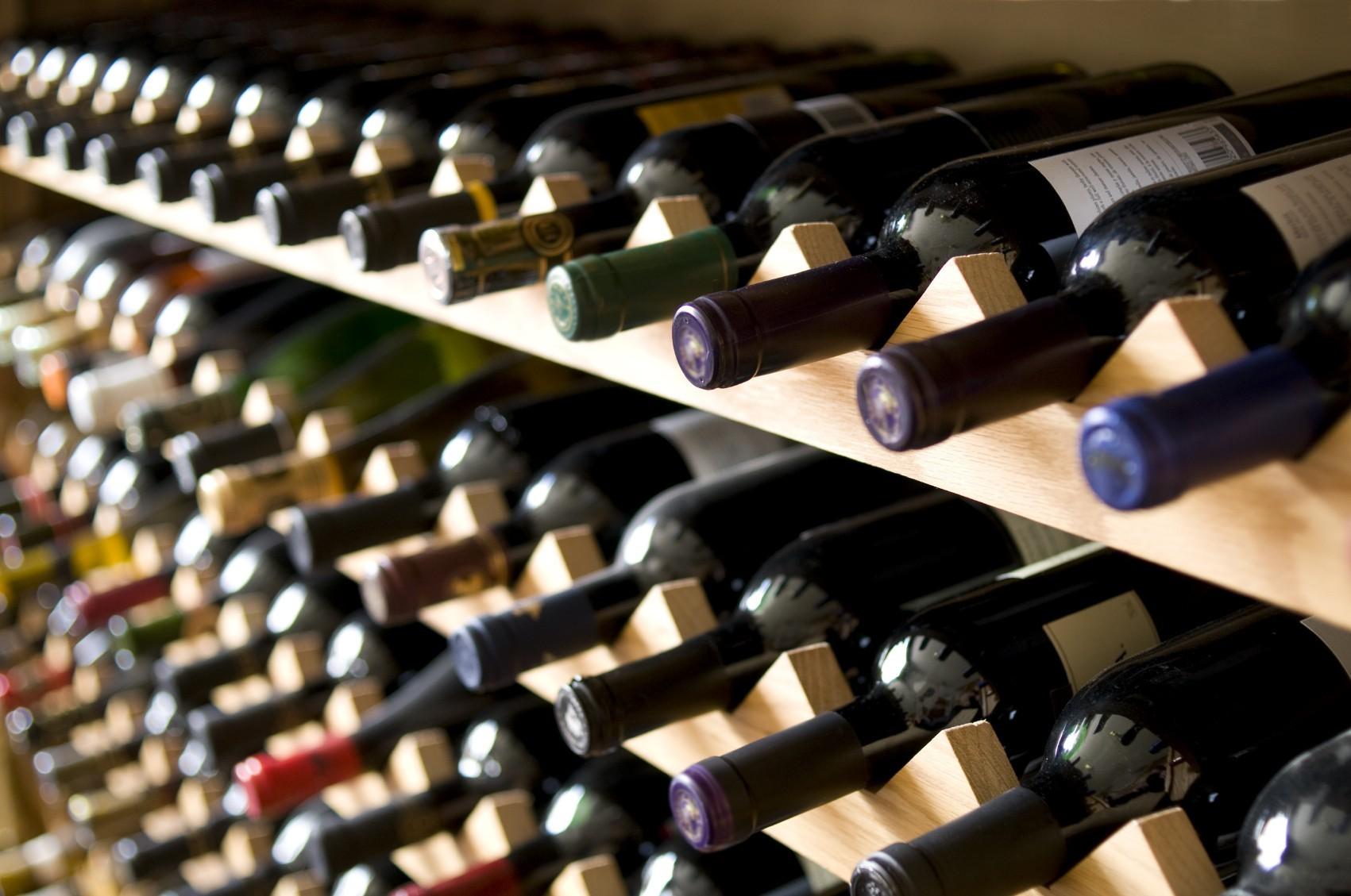 Guter Wein im Regal